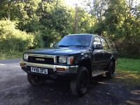 1989 Toyota hilux surf 2.4 turbo diesel export spares or repair pickup