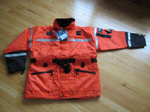 Manteau Helly Hansen ***NEUF*** flottant type mustang survival