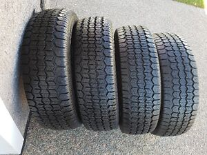 UNIROYAL TIGER PAW WINTER TIRES  185/75R/14