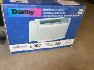 Air conditioning Danby 6000 btu for sale