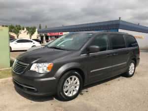 2016 Chrysler Town & Country Touring Flex-fuel (Private Sale)