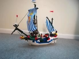 Pirates Lego System 6280 Armada Flagship