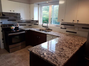 KITCHEN FOR SALE – great for a home or apartment remodel, new bu