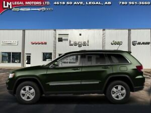 2013 Jeep Grand Cherokee Overland  - Sunroof -  Navigation