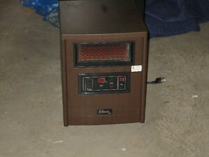 Home Hardware Inferred CLASSIC ELECTRIC HEATER