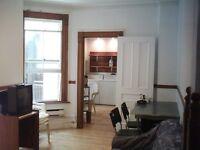7 1/2 appartement au centre ville près du métro *DISPONIBLE