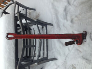 """Rigid pipe steel 48"""" pipe wrench"""