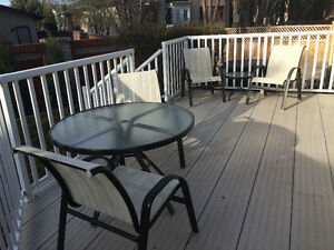 Tropitone patio table and chairs