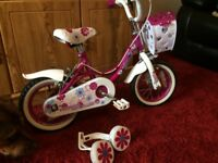 Child's bike - suitable to approx 5-6