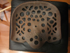 VINTAGE CORBIN TRACTOR SEAT NO CRACKS OR DENTS London Ontario image 1