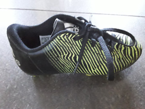 Kids Adidas soccer cleats size 1
