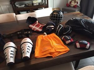 Ensemble complet de hockey enfant 3-4 ans small