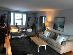 House for rent Aug 1 on Armcrescent East $2750
