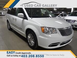 2015 Chrysler Town & Country Touring-leather, Nav, DVD, Rearview