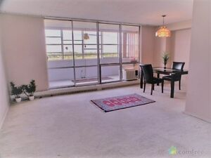 2 Bedroom SPACIOUS Beautiful Condo Quiet Building-ALL INCLUSIVE