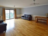 2 bedroom flat in Plover Way, Surrey Quays SE16