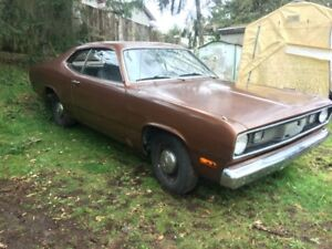 1972 PLYMOUTH DUSTER MUST SELL