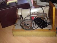 2 singers sewing machine