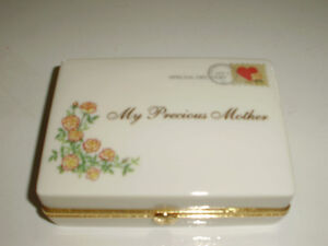 Porcelain music box for Mother