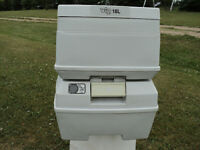 Porta-Pottie VIP 18L Portable Toilet