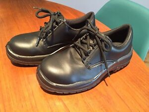 NEW Size 5.5 US Black FTG Safety Shoes (Food Industry)