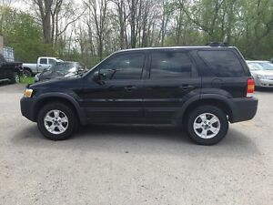 2006 FORD ESCAPE XLT * AWD * PWR ROOF * $0 DOWN LOANS London Ontario image 3