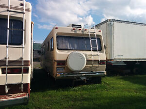 1983 Arrowspace 33 Foot Motorhome for Sale / Trade Cornwall Ontario image 2