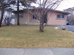 376 NEPAHWIN AVE - DUPLEX WITH INCOME