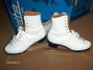 PATINS BLANCS