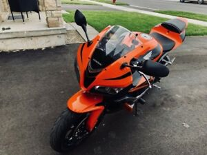 2008 Honda CBR600rr very low kms mint condition