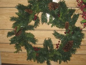 2 Large Wreaths with Pine Cones
