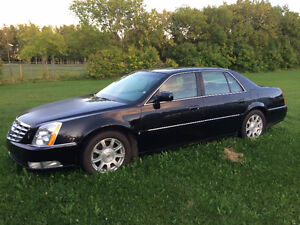 2008 Cadillac DTS Sedan Fully Loaded, Runs Great !!