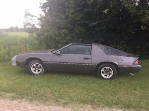 1985 Camaro 2.8 Milti-Port FI For Sale