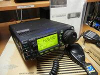 Icom IC-706 MKIIG & Accessories  Ham Radio / Amateur Radio