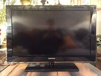 "Samsung 32"" LCD TV, HDTV FULL HD. Great Condition!"