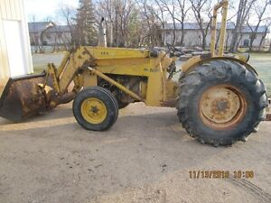 Massey Ferguson 40 tractor with loader