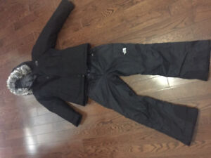 EUC GIRLS BLACK NORTH FACE SNOWSUIT SIZE MEDIUM (10-12)