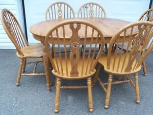 Roxton Oak Table and 6 chairs