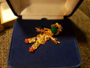 Camrose & Kross scarcrow gold plated pin (brand new in box)