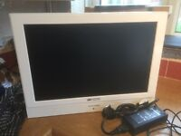 """LCD Digital 19"""" White LCD TV with DVD - HD Ready / fee-view"""