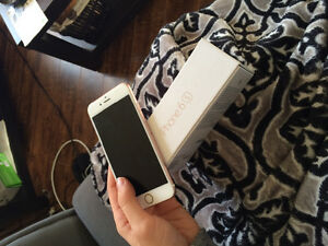 IPHONE 6S WITH BELL ALMOST BRAND NEW CONDITION!!! 500$ OBO