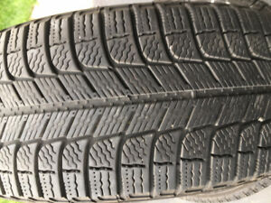 MICHELIN TIRES 205/ 65R16 Good condition