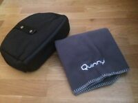 Quinny buzz pram/changing bag and Quinny blanket