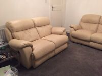 Leather sofas electric recliner cream 2 seater and 3 seater set