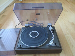 Pioneer PL-12D Turntable with Spare Dust Cover