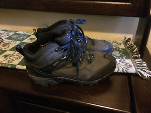 Merelle men's hiking boots. Used once
