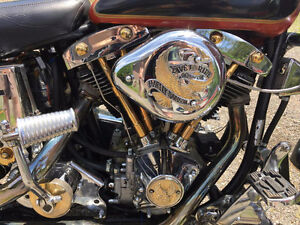 Vintage old school shovel head