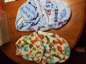 Baby clothes sizes newborn to 3 months excellent condition