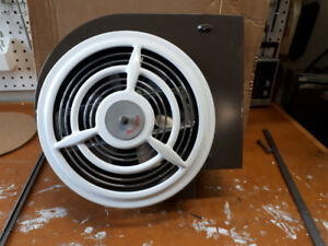 "New Nutone 8"" Ceiling/Wall Exh Fan"