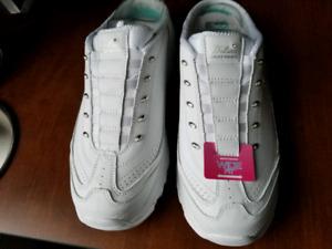 D'Lites Skechers sport shoes